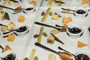 Cheese-And-Chocolate-Plate_V_Wine_room